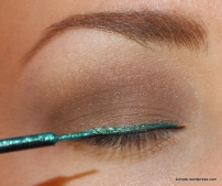 NYX Glam Liner Aqua Luxe in Lagoon