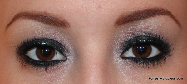 What I like about the glitter liner that doesn't quit show in the photos is that it's a really pretty blue/green color.