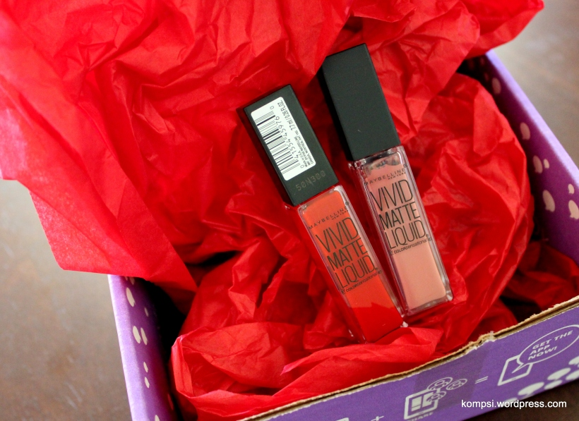 Maybelline Color Sensational Vivid Matte Liquid Lipstick Rebel Red Nude Flush